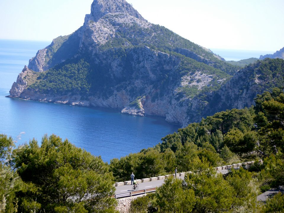 Mallorca-Cycling-Camp.jpeg